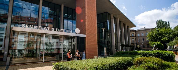 تحصیل پزشکی در دانشگاه سملوایز مجارستان